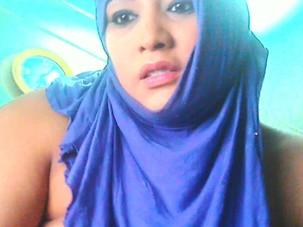 arab girl webcam show open pussi