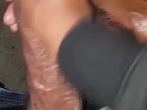Suckn dick in a parking garage