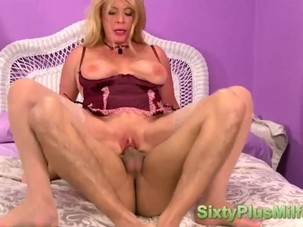 Dominant mature chick makes use..