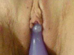 Mature woman dildo