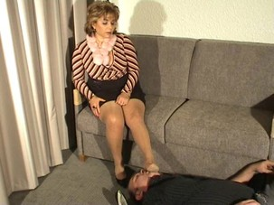 French mature nylon worship