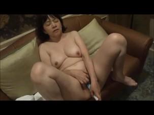Asian amateur masturbation with..