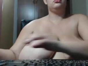 Ten size boobs